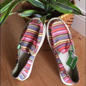 Sanuk Donna Kauai Blanket Shoe Sz 8